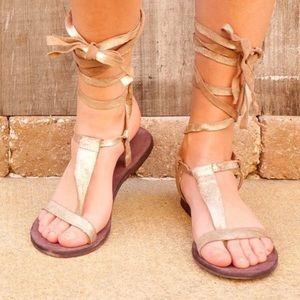 FL Dahlia Sandals